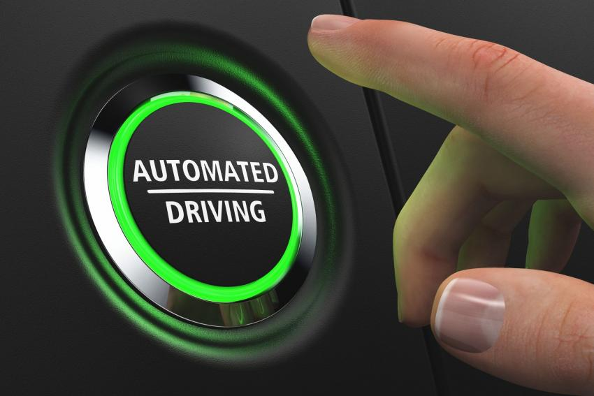 GM unveiled a new self-driving feature.